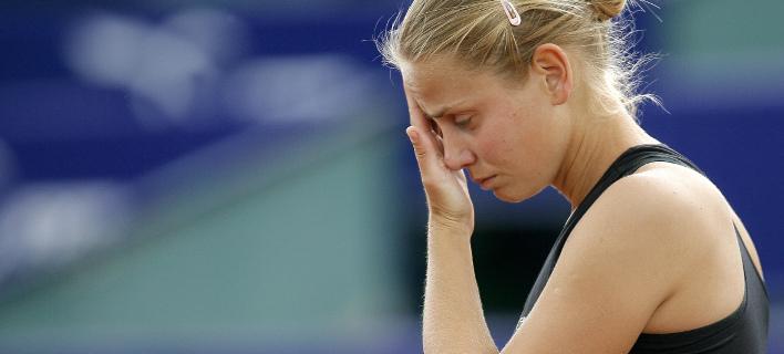 Η Ντόκιτς γράφει για τη φρίκη που έζησε δίπλα στον πατέρα της (Φωτογραφία: AP/VADIM GHIRDA)