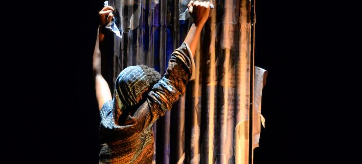 Συγκλονίζει η παράσταση του Φεστιβάλ Αθηνών με τις θηριωδίες στη Ρουάντα -Για ενήλικο κοινό