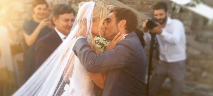 H πιο ρομαντική φωτογραφία από το γάμο της Δούκισσας -Από τη διάσημη νονά του συζύγου της [εικόνα]