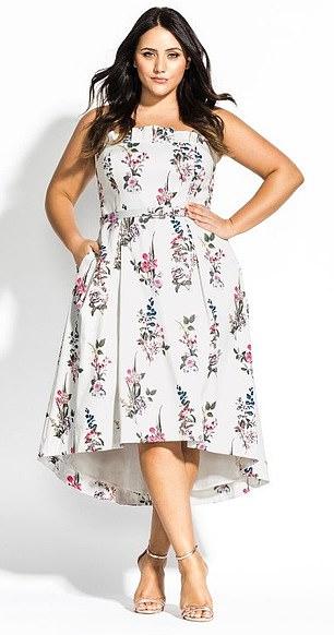 51ae4eab410f Η καλεσμένη ρώτησε την νύφη αν θα μπορούσε να φορέσει αυτό το ιβουάρ φόρεμα  με το