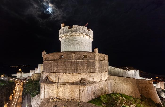 Οι 10 πιο όμορφες μεσαιωνικές πόλεις στον κόσμο! Ανάμεσά τους και μια ελληνική! (photos)