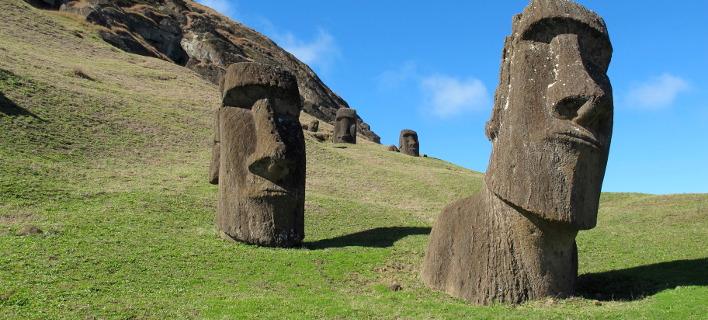 Τα μυστηριώδη αγάλματα στο νησί του Πάσχα. Φωτογραφία: AP