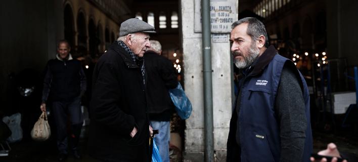 Κόσμος στην αγορά/Φωτογραφία: Eurokinissi