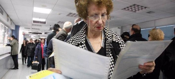 Στην Εφορία για τα χαράτσια του Δεκεμβρίου -Τι θα πληρώσουν οι φορολογούμενοι