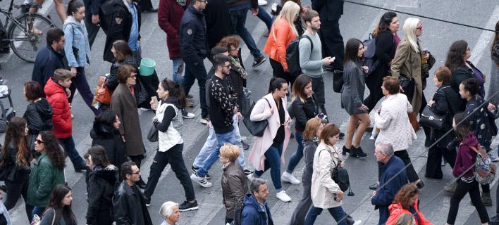 2,3 εκατ. Ελληνες χρωστούν έως 2.000 ευρώ στην Εφορία /Φωτογραφία: Intime News
