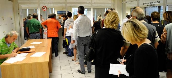 «Φούσκωσαν» τα χρέη στο Δημόσιο τον Ιούλιο /Φωτογραφία: EUROKINISSI