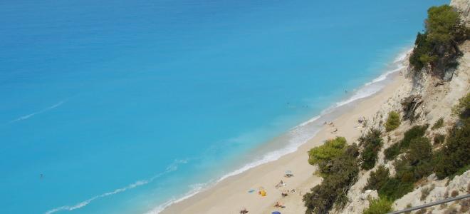 «Λάμπουν» οι ελληνικές θάλασσες λέει η Κομισιόν – Ποσοστό καθαρότητας 93,3%