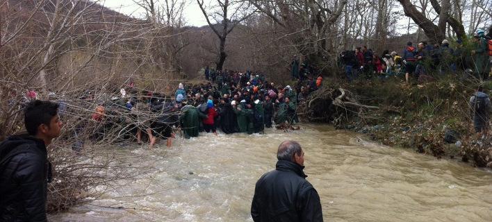 Αναταραχή στην Ειδομένη με νέες πληροφορίες για άνοιγμα των συνόρων