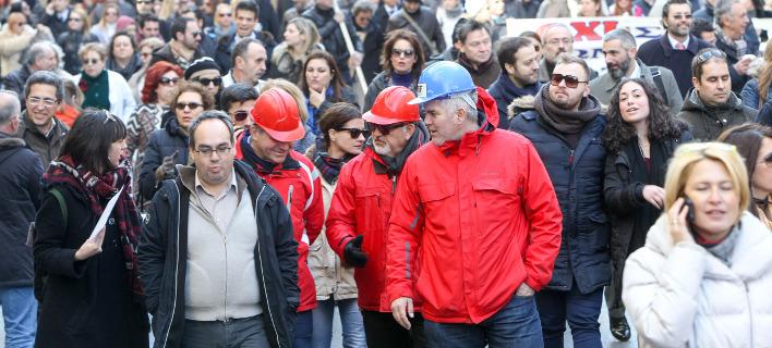 Με βάση τα εισοδήματα του 2015 εξακολουθούν υπολογίζονται οι εισφορές/ Φωτογραφία αρχείου: Eurokinissi