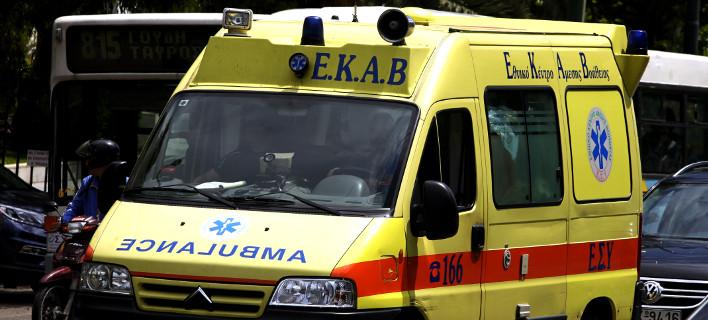 O 50χρονος νοσηλεύεται σε κρίσιμη κατάσταση/ Φωτογραφία: Κονταρίνης Γιώργος/Eurokinissi