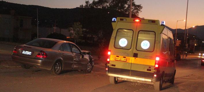 Τραγωδία στην Πατρών-Πύργου: Σταμάτησε το ΙΧ της και την παρέσυρε διερχόμενο αυτοκίνητο