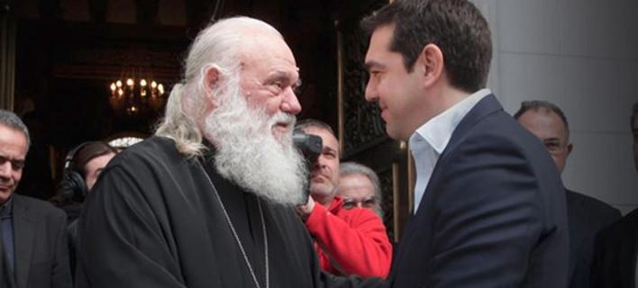 Το τρικ του ΣΥΡΙΖΑ με τις 10.000 θέσεις στο Δημόσιο, αντί των ιερέων