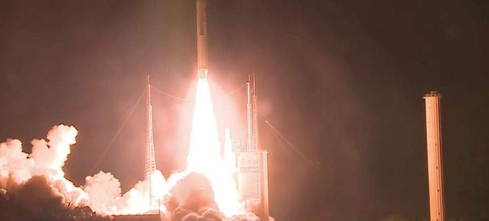 Η εκτόξευση του ευρωπαϊκού πυραύλου Ariane 5/Φωτογραφία: ΑΠΕ-ΜΠΕ