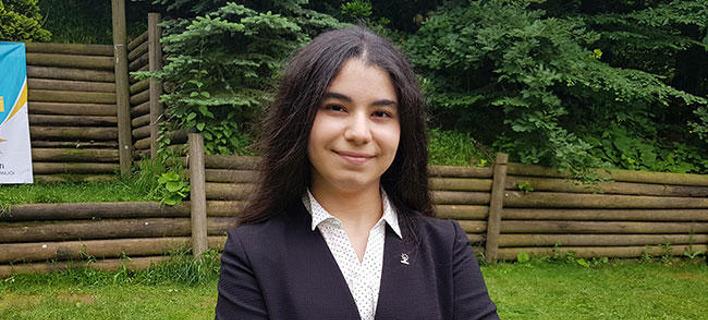 Η 18χρονη Ελίφ Νουρ Μπαϊράμ. Φωτογραφία: Hurriyet