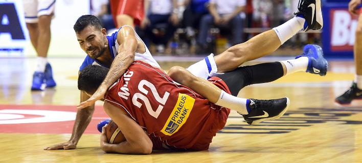 Απότομη προσγείωση και συντριβή με 93-61 για την Εθνική μπάσκετ από τη Σερβία