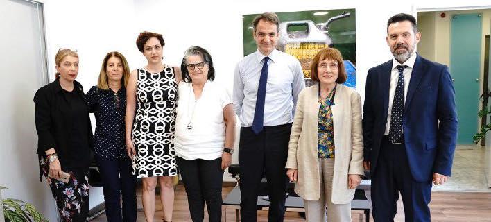 Φωτογραφία: O πρόεδρος της ΝΔ με εκπροσώπους της ΕΛΛΟΚ/Γρ. Τύπου ΝΔ