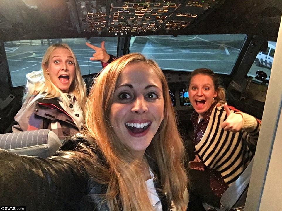 Πανικός στους αιθέρες: Αυτές οι τρεις γυναίκες έκαναν... μπάχαλο την πτήση τους προς Λονδίνο! (Photos)