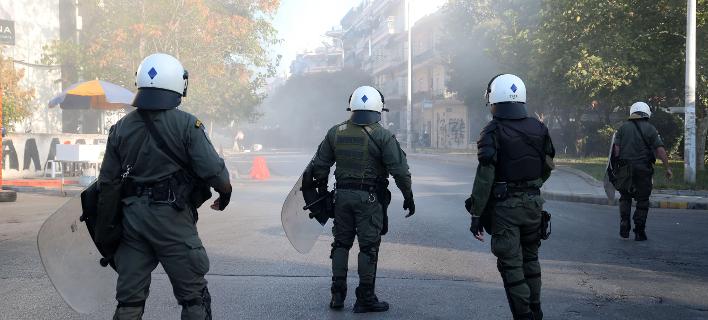 Τραυματίστηκε αστυνομικός έξω από την Τούμπα /Φωτογραφία: EUROKINISSI