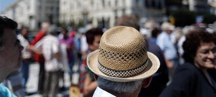 Ασχημα νέα για τους συνταξιούχους και για το 2019 /Φωτογραφία: Εurokinissi
