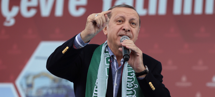 The Independent: Γιατί είναι κούφιες οι απειλές του Ερντογάν προς την Ε.Ε.