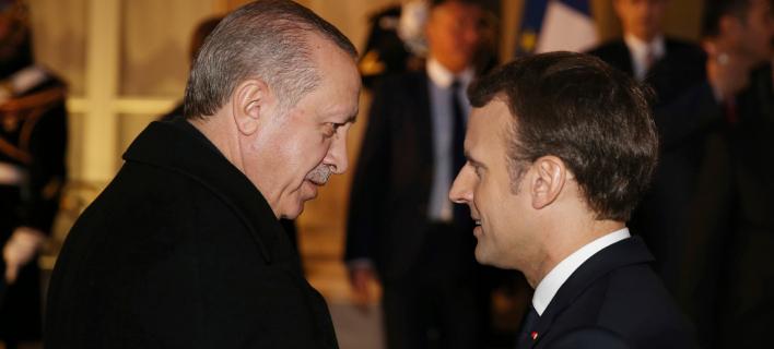 Ρετζέπ Ταγίπ Ερντογάν & Εμανουέλ Μακρόν (Φωτογραφία: Yasin Bulbul/Pool Photo via AP)