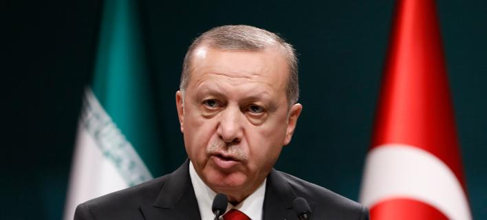 Ο Ερντογάν απειλεί δύο ηθοποιούς: «Θα πληρώσουν όσα είπαν» -Φωτογραφία αρχείου: AP Photo/Burhan Ozbilici