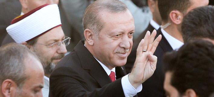 Το σόου του Ερντογάν στην Κομοτηνή [εικόνες & βίντεο]