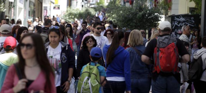 ΟΟΣΑ: Οι Ελληνες δουλεύουν τις περισσότερες ώρες στην Ευρώπη
