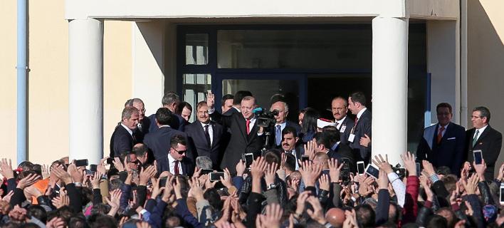 «Αλλα συμφωνήσαμε κ. Πρόεδρε» -Μίνι διπλωματικό επεισόδιο στην Κομοτηνή