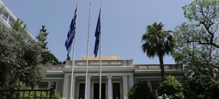 Βόμβα από ESM: Αναστέλλει προσωρινά την απόφαση για το ελληνικό χρέος λόγω εξαγγελιών Τσίπρα