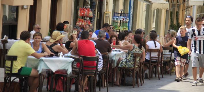 Οι έλεγχοι έγιναν και σε επιχειρήσεις εστίασης-Φωτογραφία αρχείου: Eurokinissi/Βασίλης Παπαδόπουλος