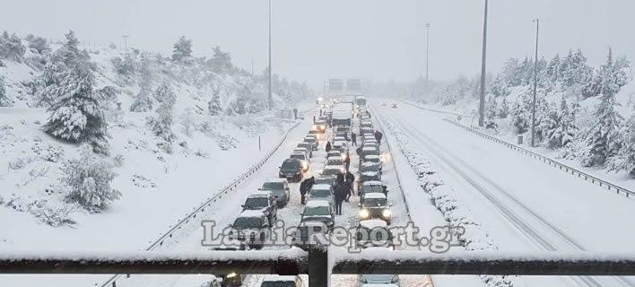 Διεκόπη η κυκλοφορία φορτηγών στην Αθηνών-Λαμίας (Φωτογραφία: lamiareport)