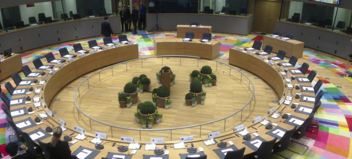 Στο παλιό κτίριο θα συνεδριάσει το Ευρωπαϊκό Συμβούλιο (Φωτογραφία: AP/ Virginia Mayo)