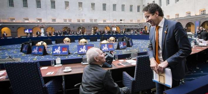 Η κυβέρνηση φέρνει 4ο Μνημόνιο – Πώς θα το περάσει από τη Βουλή