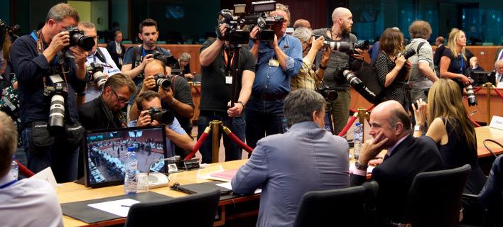 Με την πλάτη στον τοίχο 10 μέρες πριν το Eurogroup -Τα 4 σενάρια για το χρέος