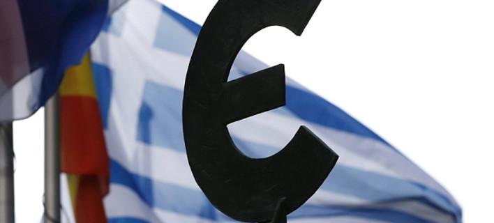 Telegraph: Οι προκλητικοί Ελληνες βάζουν το μαχαίρι στο λαιμό των Ευρωπαίων