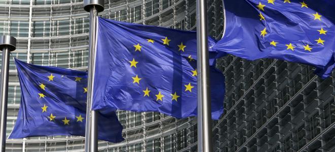 Σπατάλη εκατομμυρίων στο Ευρωκοινοβούλιο -Ξοδεύουν χρήματα σε καφέδες και σύσφιξ
