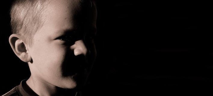 Στην Αυστραλία παίρνουν τα μέτρα τους για τους παιδεραστές -Με νόμο