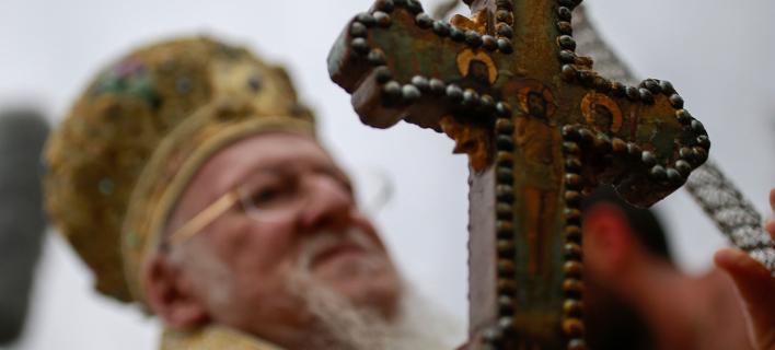 AP: Ρώσοι χάκερς επιτέθηκαν στο Φανάρι για την Ουκρανική εκκλησία (Φωτογραφία: AP Photo/ Emrah Gurel)