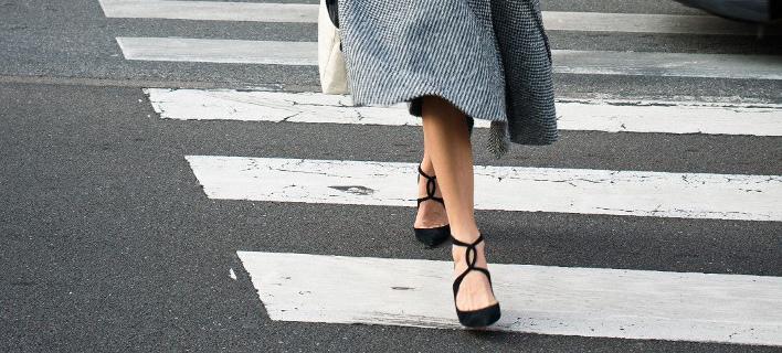 Μια street style σταρ στους δρόμους της πόλης/ Φωτογραφία: Shutterstock