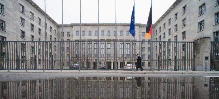 FAZ: Πιθανόν υπάρχουν και άλλα παγιδευμένα δέματα από την Ελλάδα