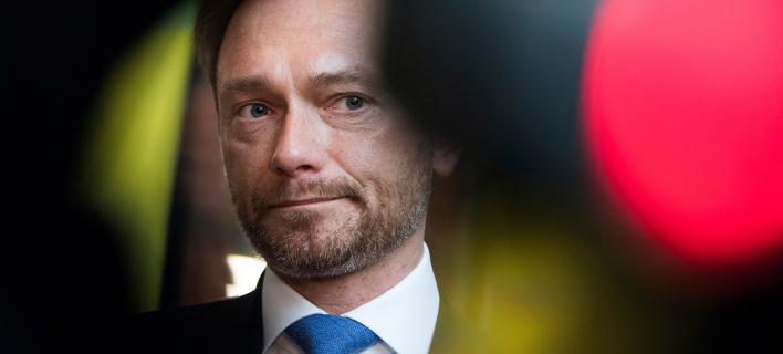 Handelsblatt: «Oχι» του FDP στην εκταμίευση της δόσης για την Ελλάδα