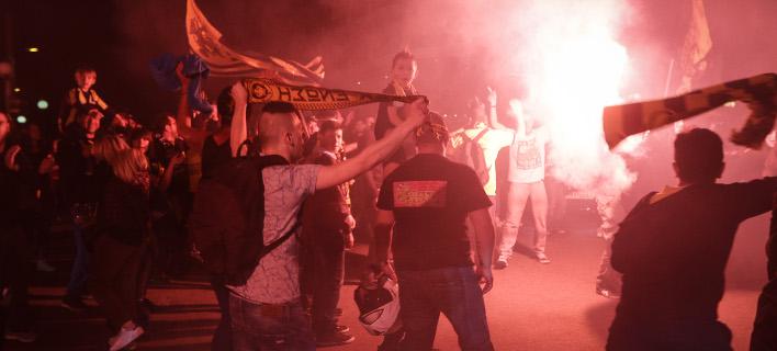«Κάηκε» η Ν. Φιλαδέλφεια για το πρωτάθλημα της ΑΕΚ (Φωτογραφία  EUROKINISSI  « 487103c49d1