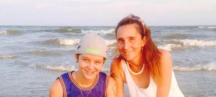 ΗΠΑ: Στη φυλακή 43χρονη μητέρα που παντρεύτηκε την 25χρονη κόρη της [εικόνες]