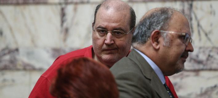 Γκρίνια από τους 53 του ΣΥΡΙΖΑ – «Δεν λειτουργούν τα κομματικά όργανα»