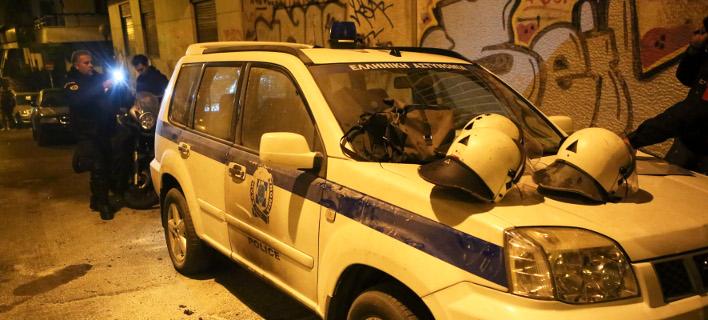 επίθεση στο σπίτι του Φλαμπουράρη/Φωτογραφία: IntimeNews