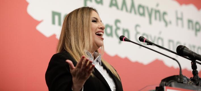 Η Φώφη Γεννηματά μιλά στη Νομαρχιακή Συνέλευση του ΚΙΝΑΛ στη Θεσσαλονίκη -Φωτογραφία: Konstantinos Tsakalidis / SOOC