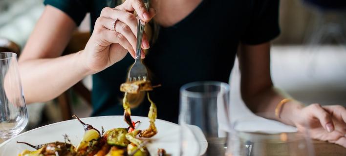 Όσοι τρώνε γρήγορα έχουν υψηλότερο σάκχαρο, φωτογραφία: pixabay.com