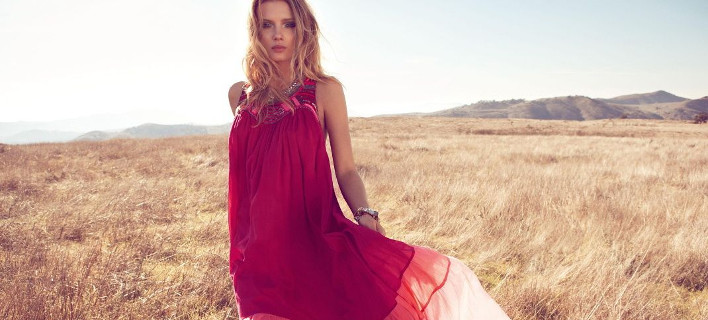 Aυτό το φόρεμα έγινε sold out μέσα σε 45 λεπτά -Μπήκαμε σε λίστα αναμονής