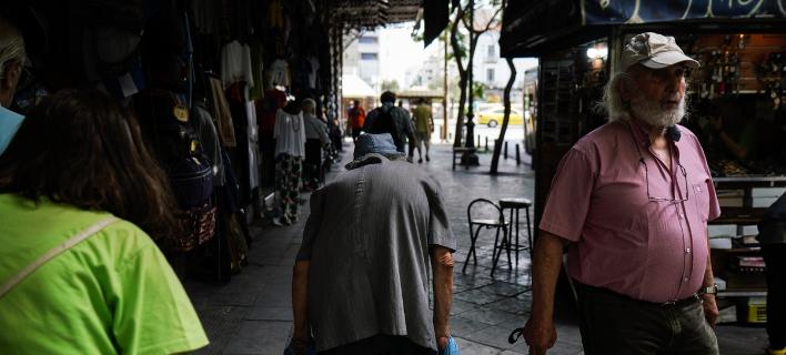 Στιγμιότυπο από τους δρόμους της Αθήνας-Φωτογραφία:SOOC/Nick Paleologos